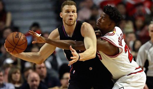 Chicago-Bulls-Jimmy-Butler-Fends-Off-Los-Angeles-Clippers-Blake-Griffin.jpg