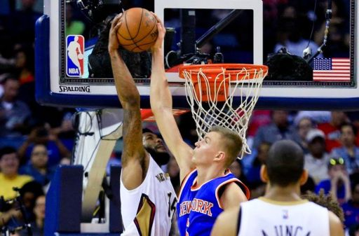 alonzo-gee-kristaps-porzingis-nba-new-york-knicks-new-orleans-pelicans-850x560
